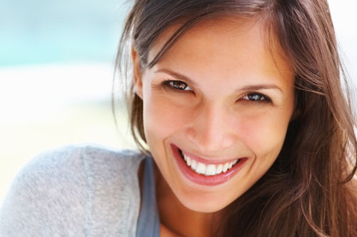 Pretty Lady with a Shy Smile   Friendly Smiles Center in Mount Laurel, NJ - Dr. Robert Chase