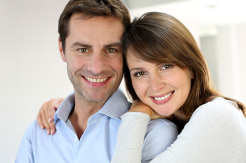 Sweet Couple Smiling | Friendly Smiles Center in Mount Laurel, NJ - Dr. Robert Chase